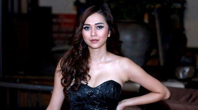 5 Artis Cantik Indonesia Ini Tinggi Nya Di Atas Rata - Rata, No 5 Tinggi Seperti Tiang