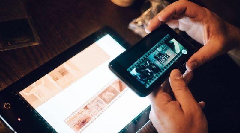 4 Aplikasi Scan Film Negatif Melalui HP, Gampang Banget!