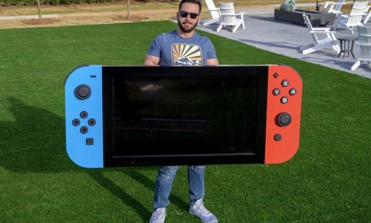 Upstation-Demi Amal, Youtuber Ini Buat Nintendo Switch Raksasa!